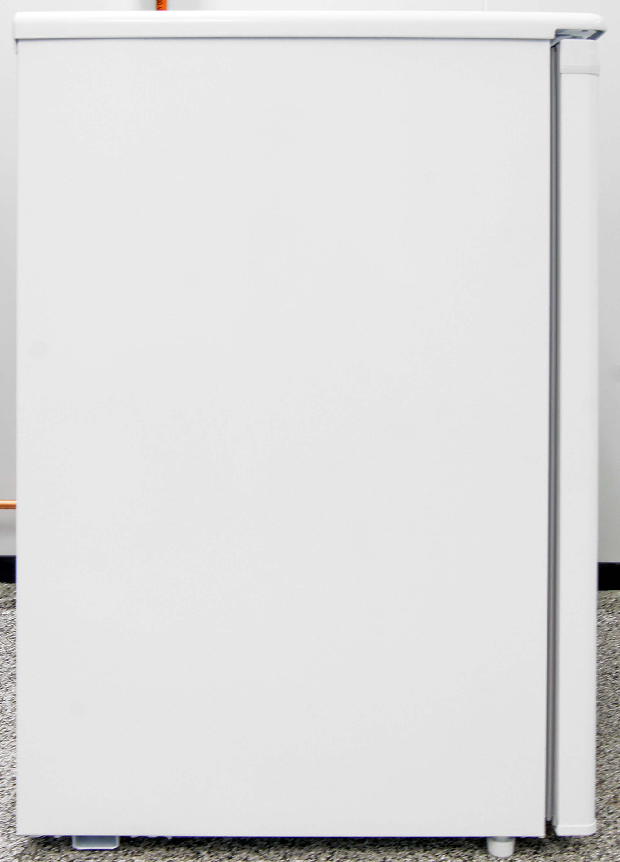 Haier 4.5 cu. ft. Compact Refrigerator with Freezer ...