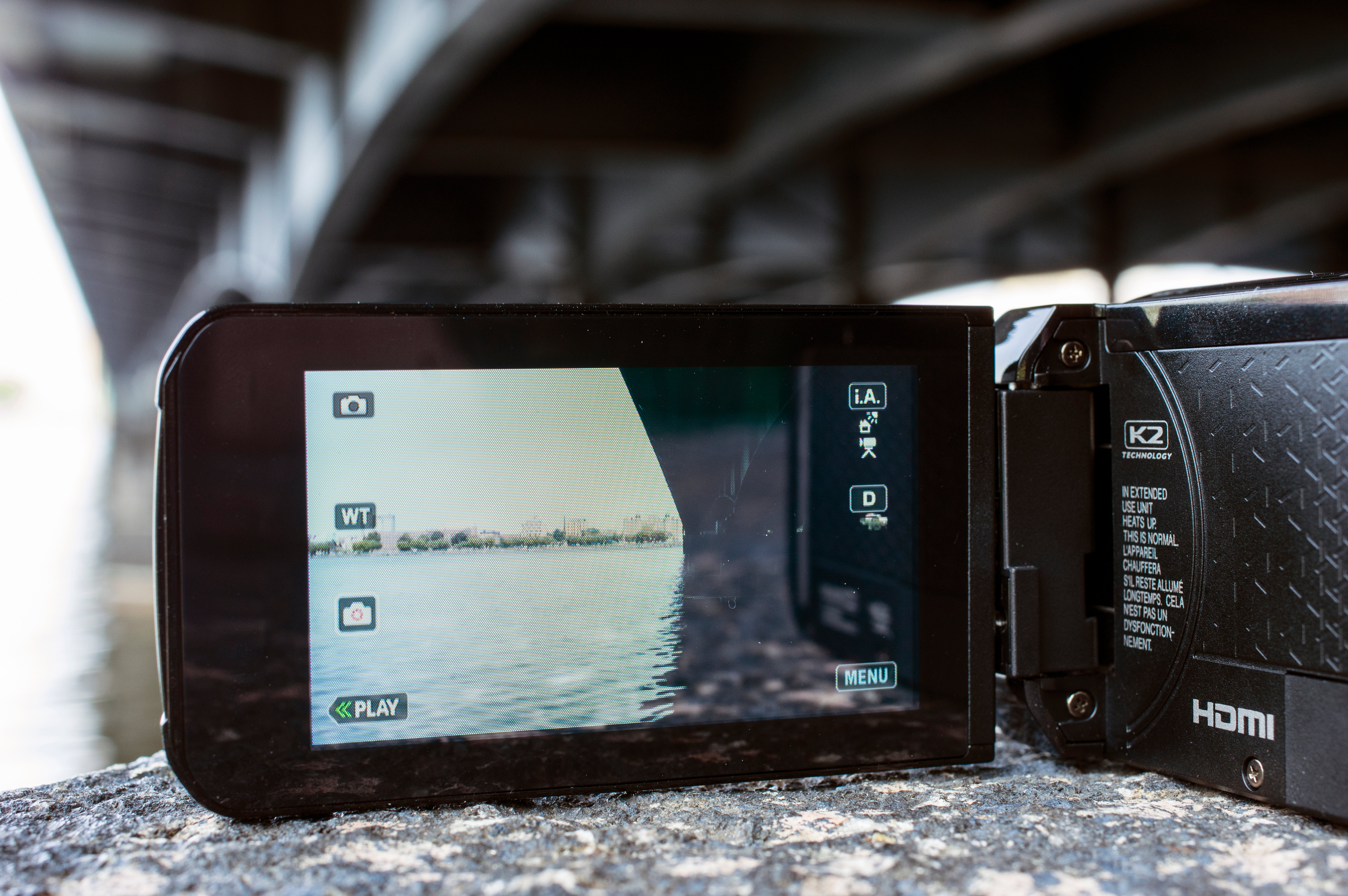 The JVC GZ-R10A has a 3-inch, 180 degree tilt, 230k pixel touch-screen LCD monitor.