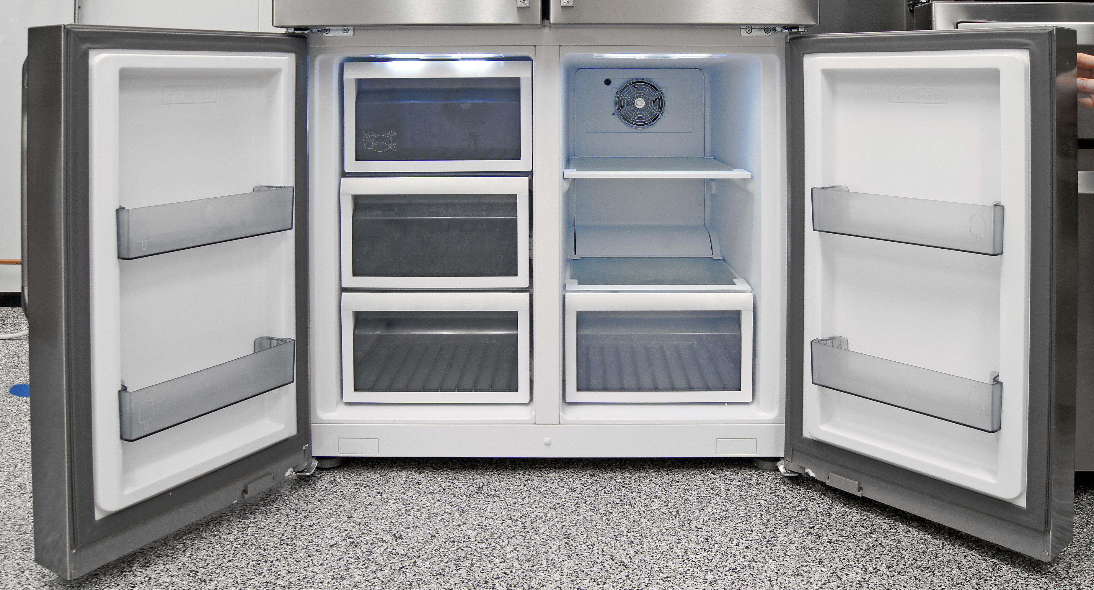 The Dacor DTF364SIWS's lower left compartment is always a freezer, but the right-hand side offers adjustable storage from -10°F up to 50°F.