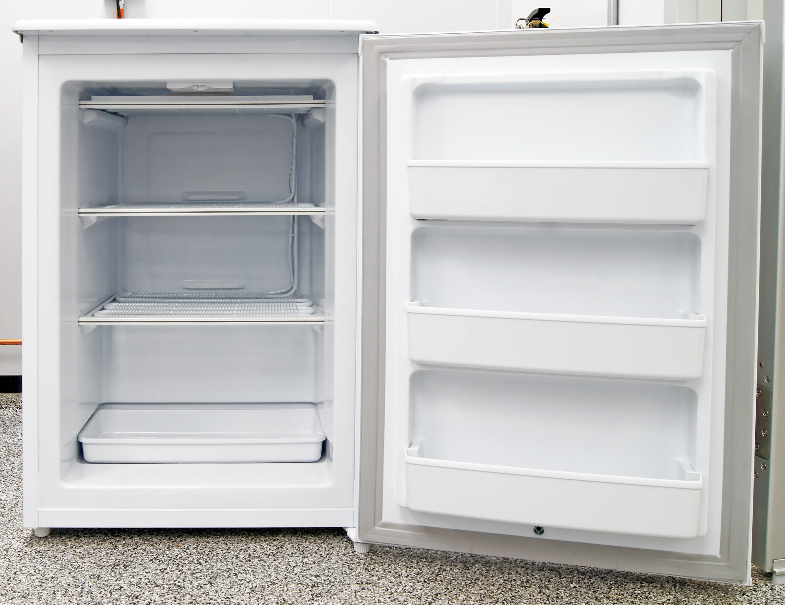 Six assorted storage areas are available inside the Danby DUF408WE, and none of them are adjustable.
