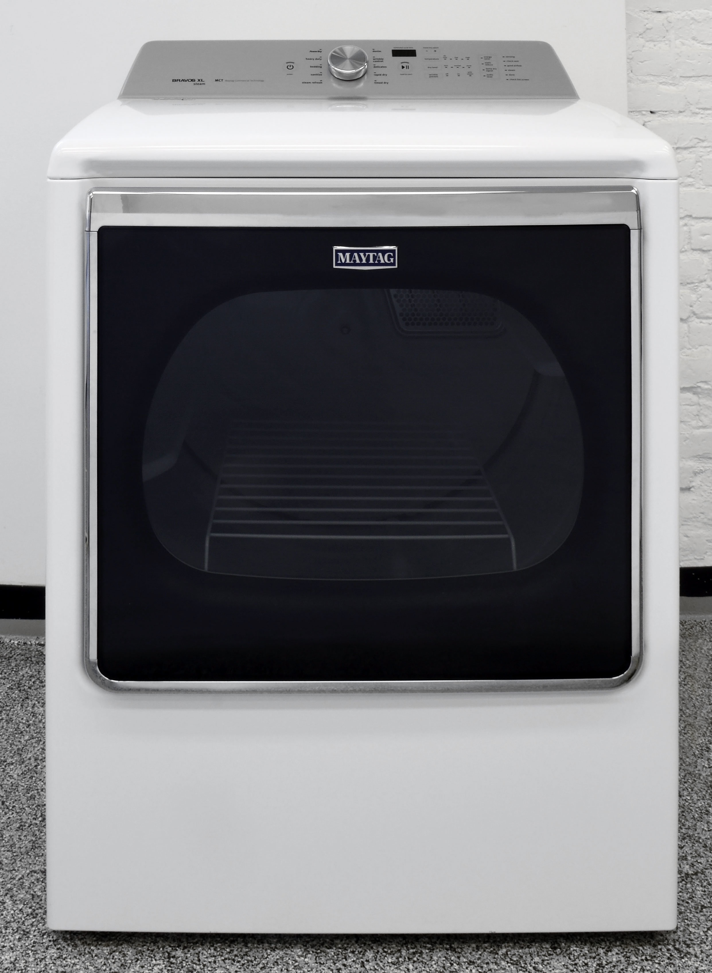 Stylish, effective, and versatile—the Maytag Bravos MEDB855DW is a winner.