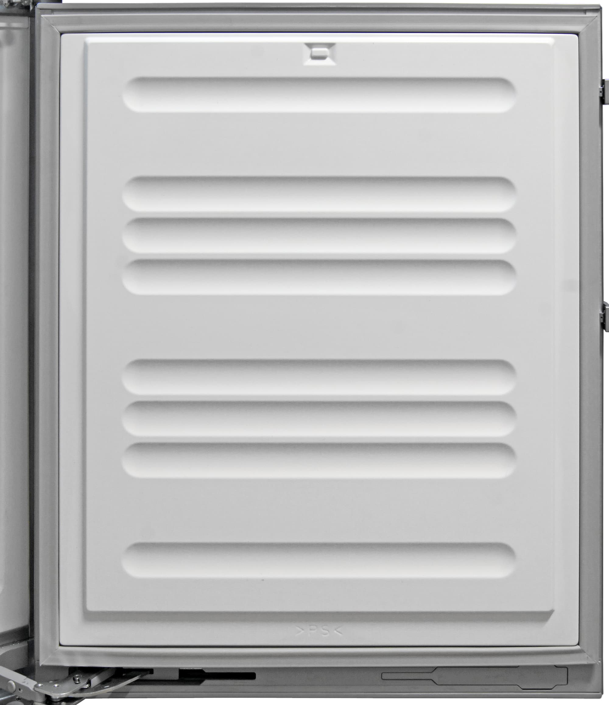 Like most compact apartment fridges, there is no door storage in the Liebherr CS1360's freezer.