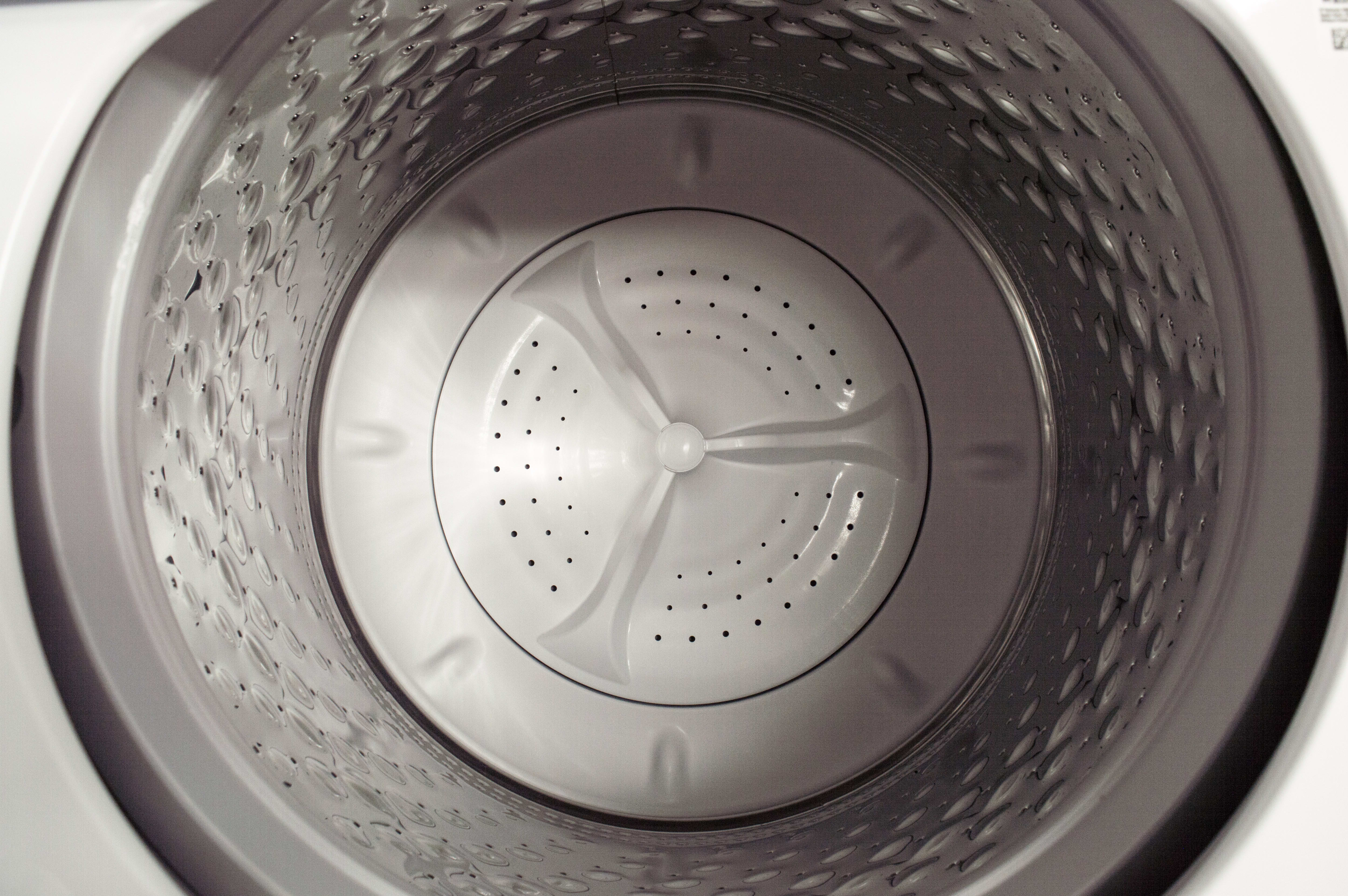 The low-profile impeller helps move your laundry more efficiently.