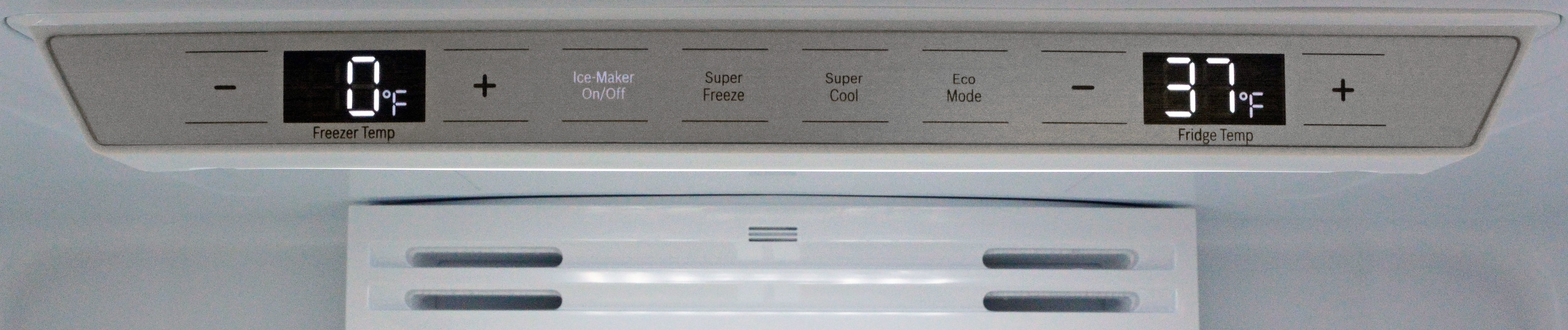 Bosch 800 series b21cl81sns b21cl80sns counter depth refrigerator with so few features the control panel is very straightforward the 81sns puts the rubansaba