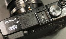 60-Fujifilm-XE2-Top.jpg