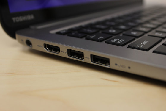 The left side includes a power input, two USB 3.0 ports, and an HDMI output.