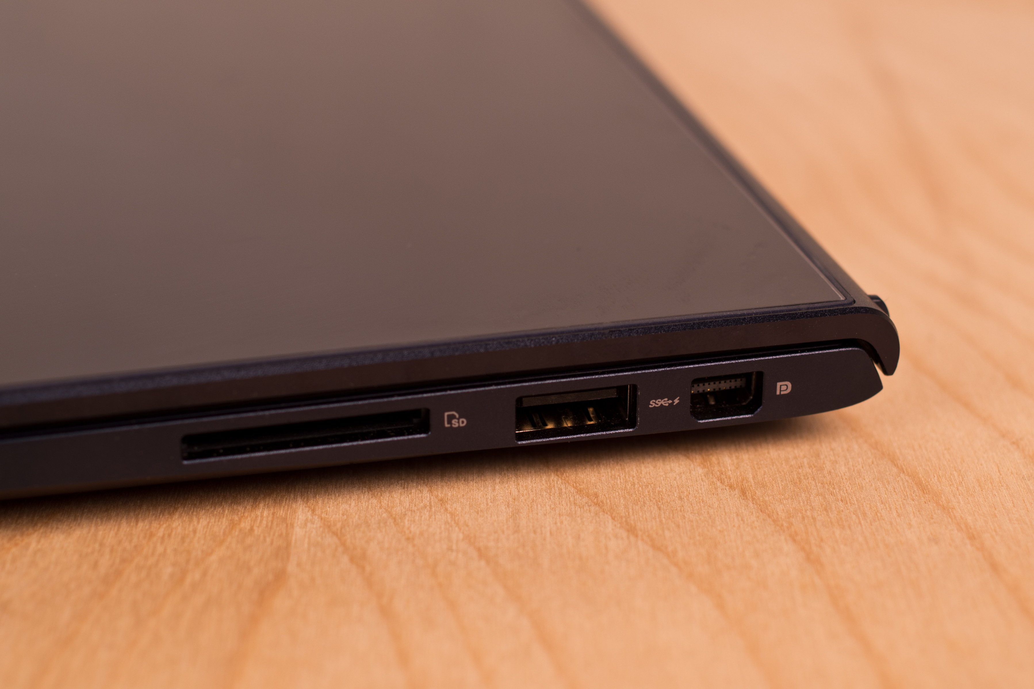 A close-up picture of the Asus UX301L's ports.