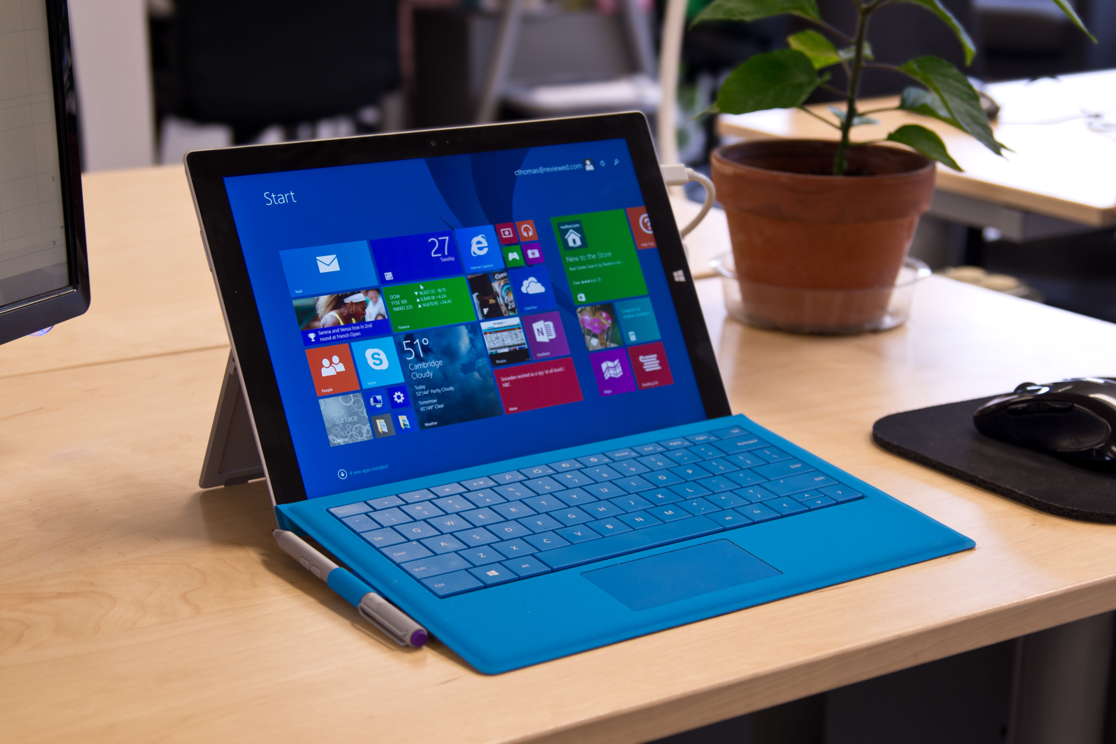 A closer look at the Microsoft Surface Pro 3's on a desk.