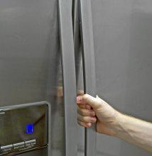 Whirlpool-WRL767SIAM-handles.jpg