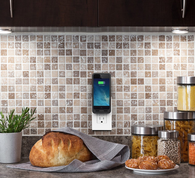 pocketplug_lifestyle_kitchen.jpg