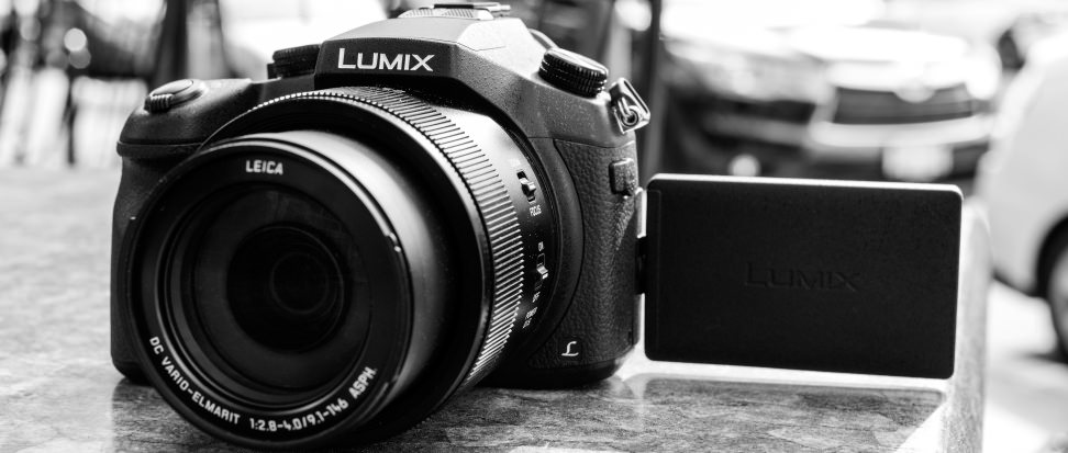 CCI-Panasonic-Lumix-FZ1000-hero.jpg