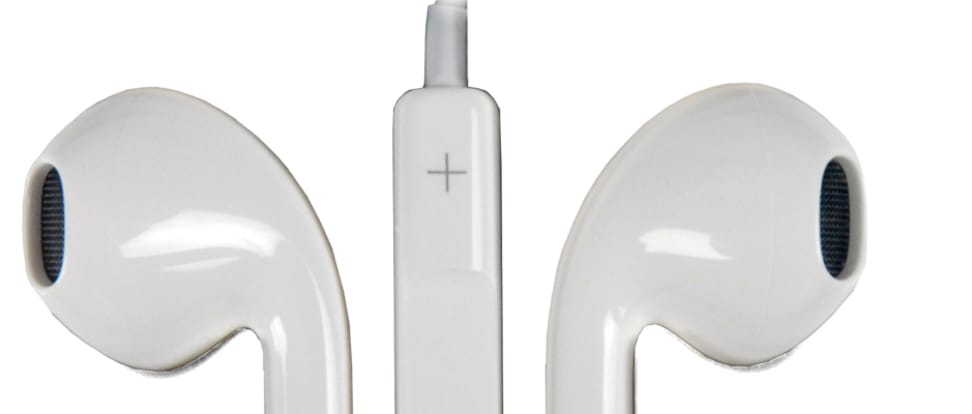 Product Image - Apple EarPods