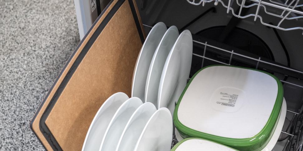 Epicurean Gourmet Series Cutting Board in dishwasher