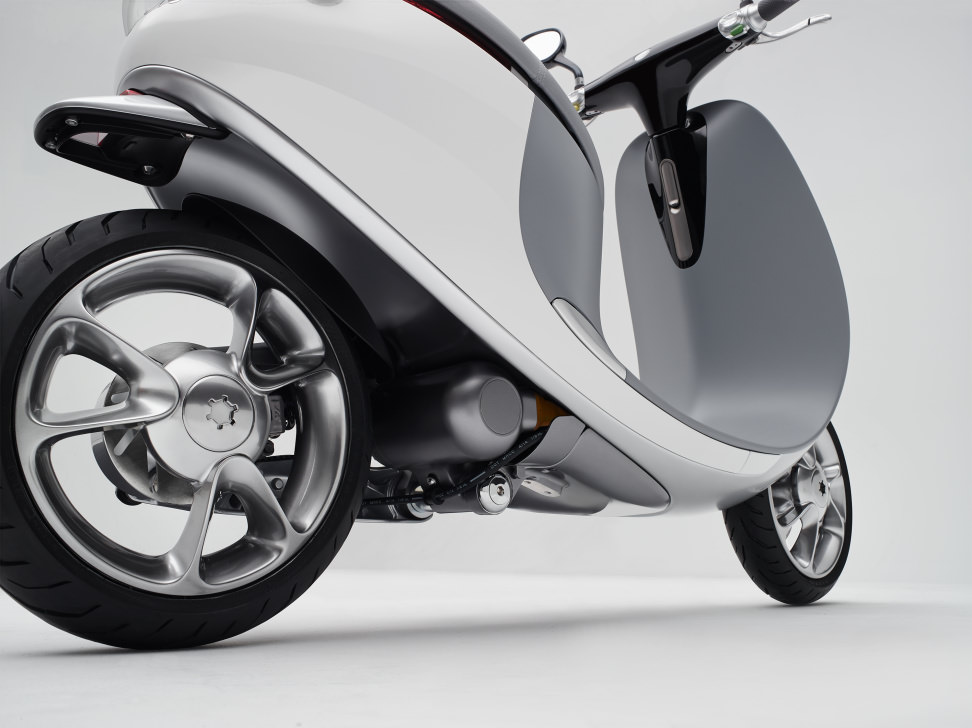 Gogoro Back-Right