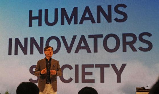Samsung-yoon-IFA.jpg