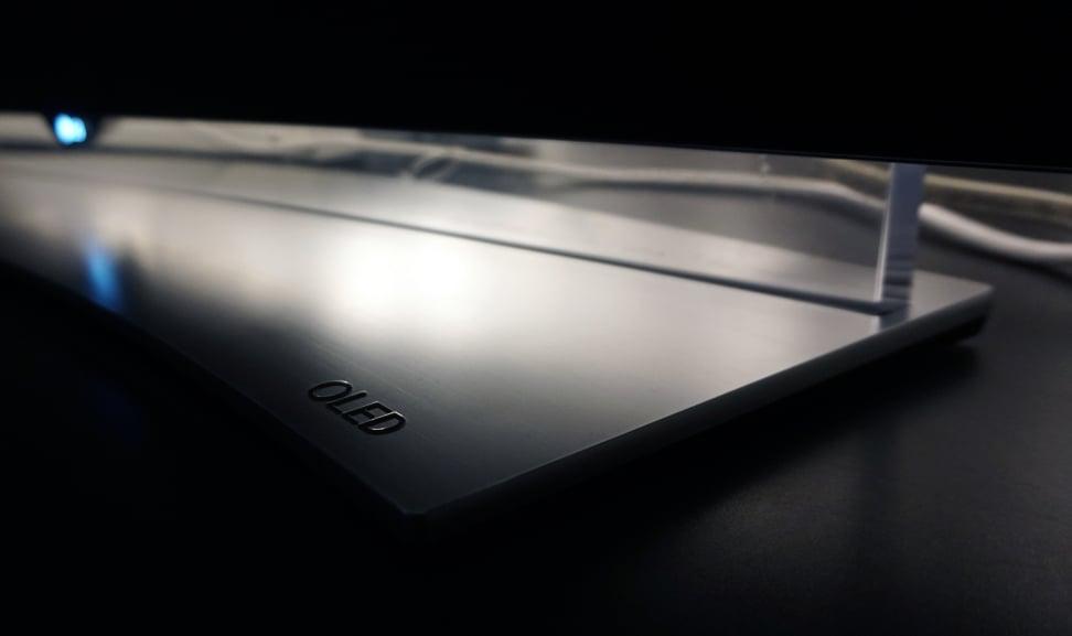 LG-65EG9600-Stand-OLED-Logo