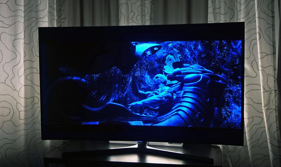 Samsung UN65JS9000 Establishing