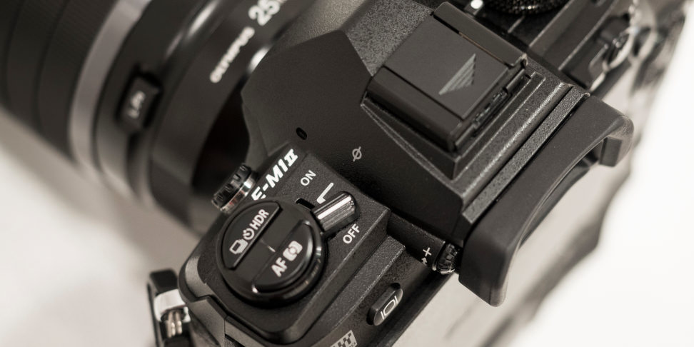 Olympus OM-D E-M1 Mark II Logo On-off switch
