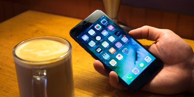 Apple iPhone 7 Plus Display