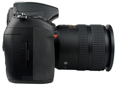 Nikon-D700-right-375.jpg