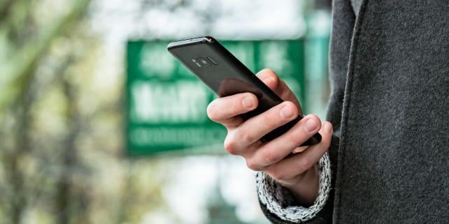 Samsung Galaxy S8 In Use