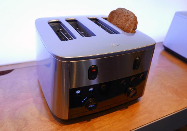 OXO Up-to-You 4-Slice Motorized Toaster