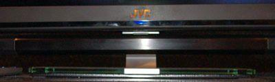 JVC_LT-42WX70_stand2.jpg