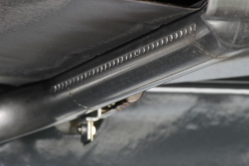 Whirlpool WFG540H0AS Broiler Detail