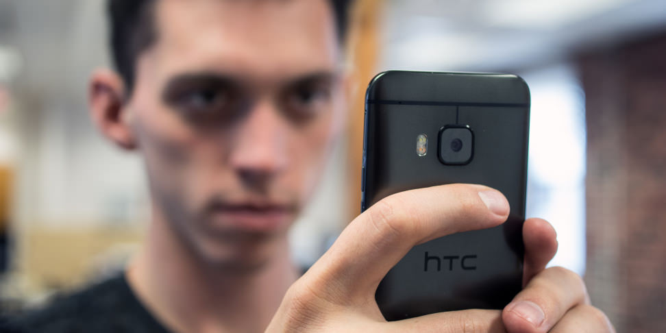 HTC One M9 - Hero
