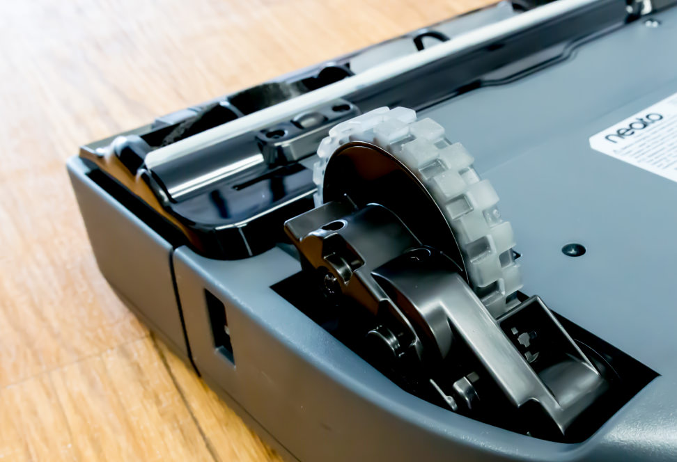 Neato Botvac D3 Wifi Connected Robot Vacuum Review