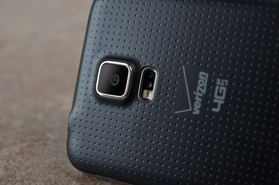 Samsung-Galaxy-S5-review-cameras.jpg