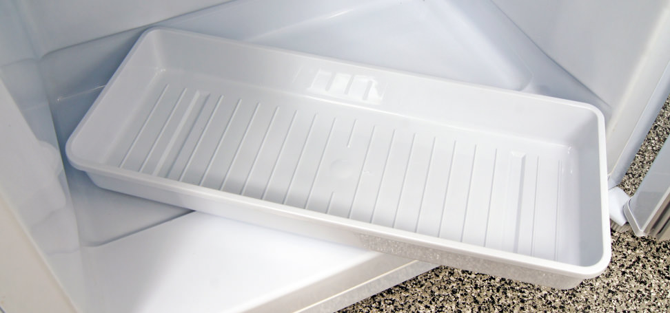Danby DUF408WE Removable Drip Tray