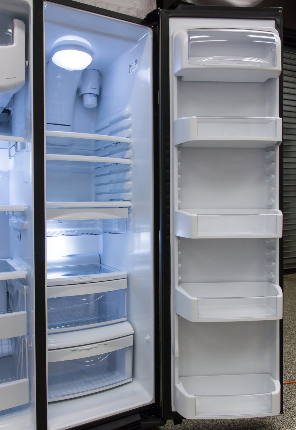 GE-GSE25HMHES_fridge-highlight