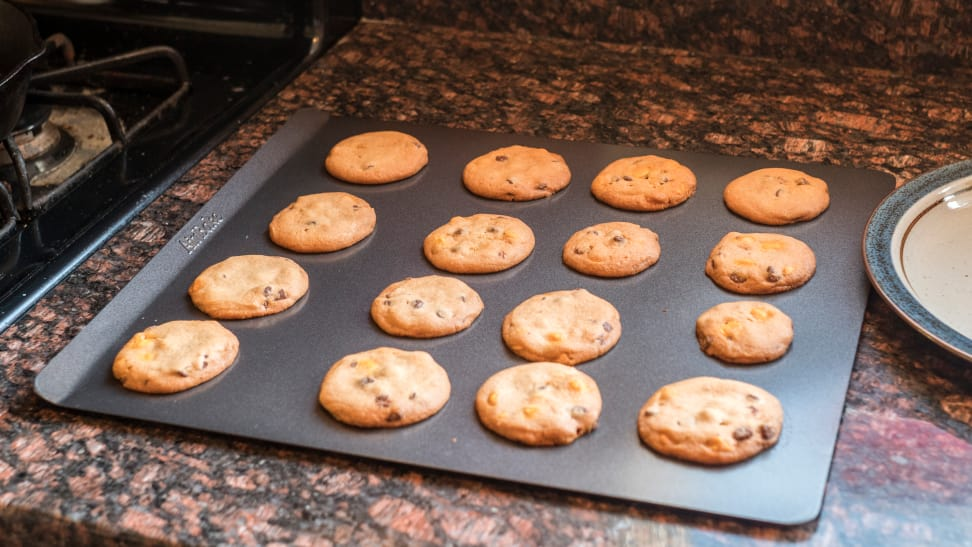 The Best Cookie And Baking Sheets Of 2018 Reviewed Com