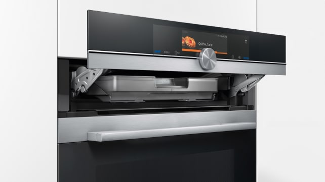 Siemens-iQ700-steam-oven-HS658GXS6.jpg