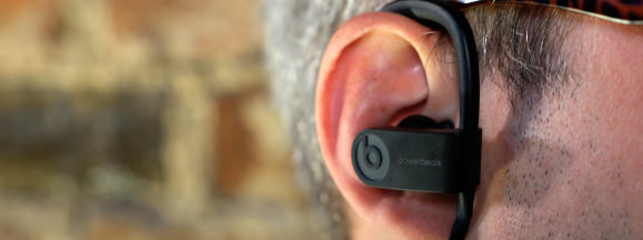 Beats powerbeats in ear